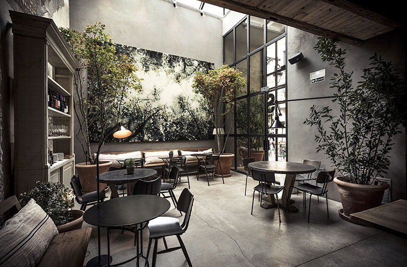 Великолепные интерьеры ресторана Gats в Барселоне