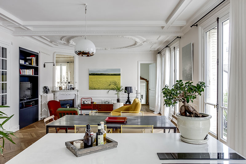 The Design Of This Bright Parisian Apartment Is Built On Three Pillars A Classical Base Retro Furniture And Modern Minimalistic Character
