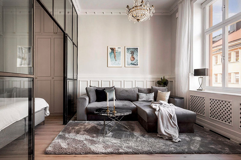 Bedroom behind glass door and large dining room: Swedish ...