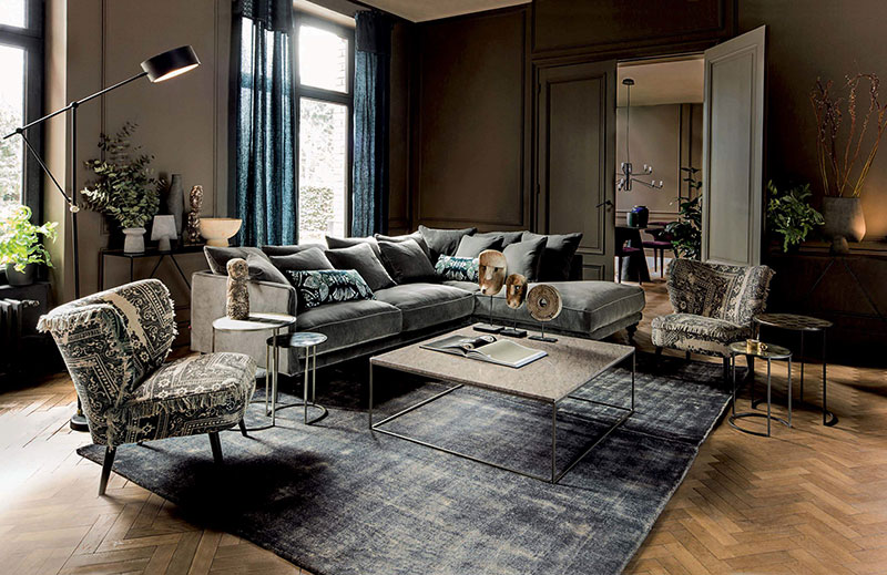 2384f5b69b9 The new autumn-winter 2018 catalog by French brand La Redoute shows two  sides of home comfort during this coldest period of the year – mountain  chalet and ...