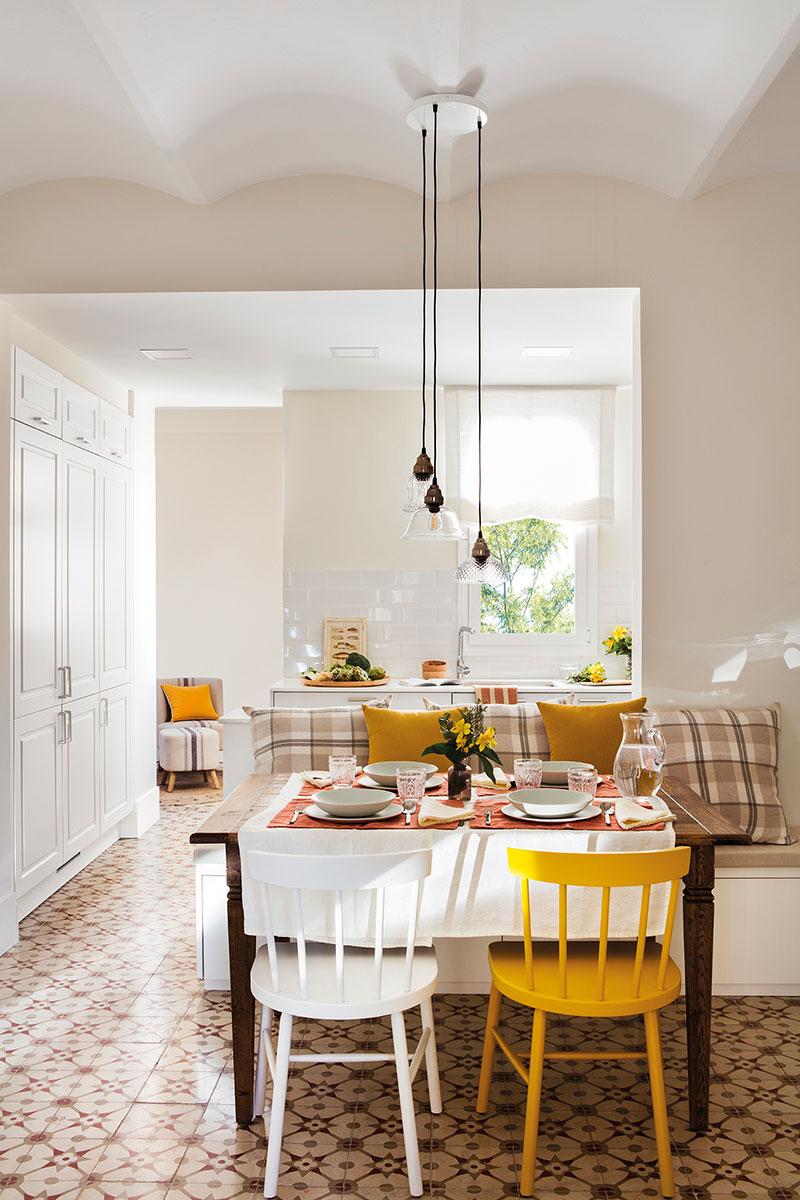 Испанская квартира с солнечным настроением и винтажными предметами (60 кв.м)