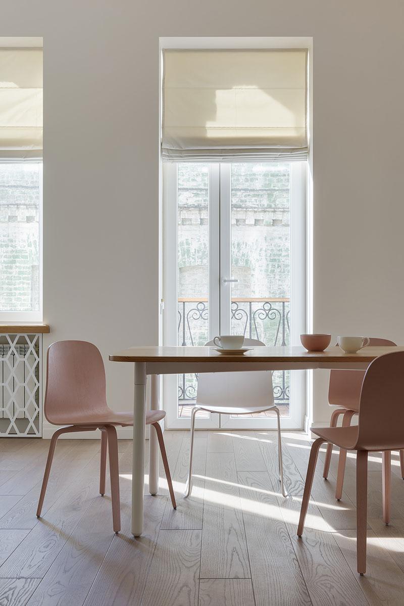 Легкий интерьер с пастельными акцентами в старом доме в Киеве (74 кв. м)
