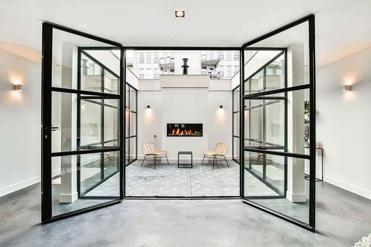 Апартаменты с собственным гаражом в центре Амстердама