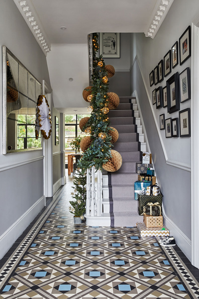 Of the interiors the new year decoration in this house is a harmonious part of the design lets take a virtual walk through this wonderful home