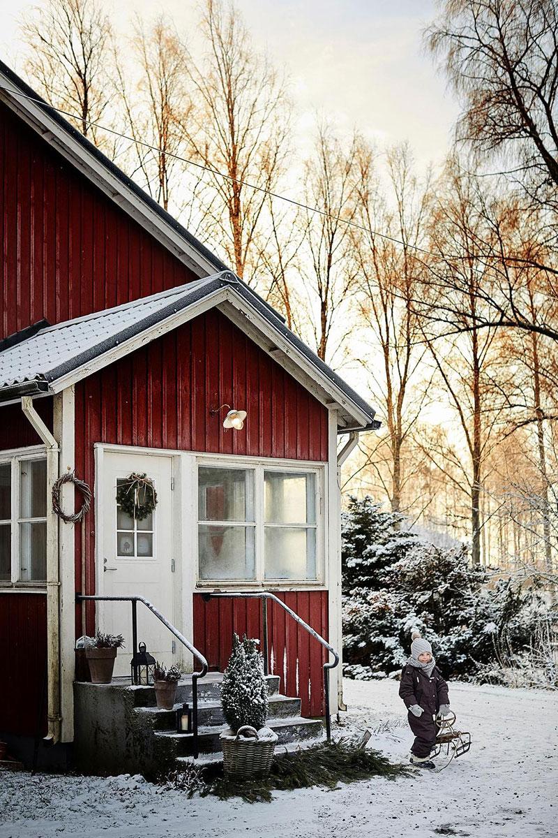 Как подобрать цвет для деревянного дома