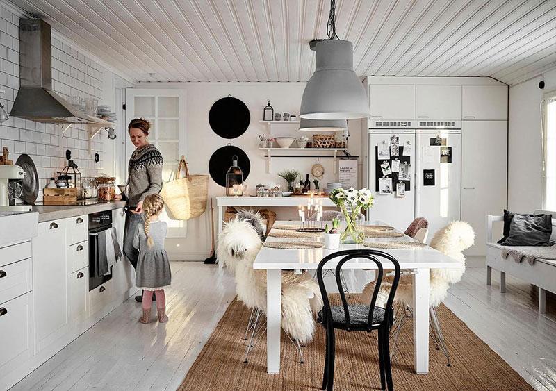 Уют небольшими средствами: скандинавская дача в Финляндии