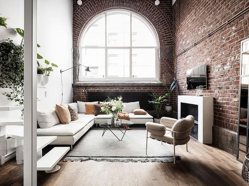 loftas Ground-floor-apartment-with-brick-wall-pufikhomes-1