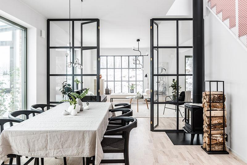 Дом в Швеции с большими окнами и стеклянной террасой (176 кв. м)