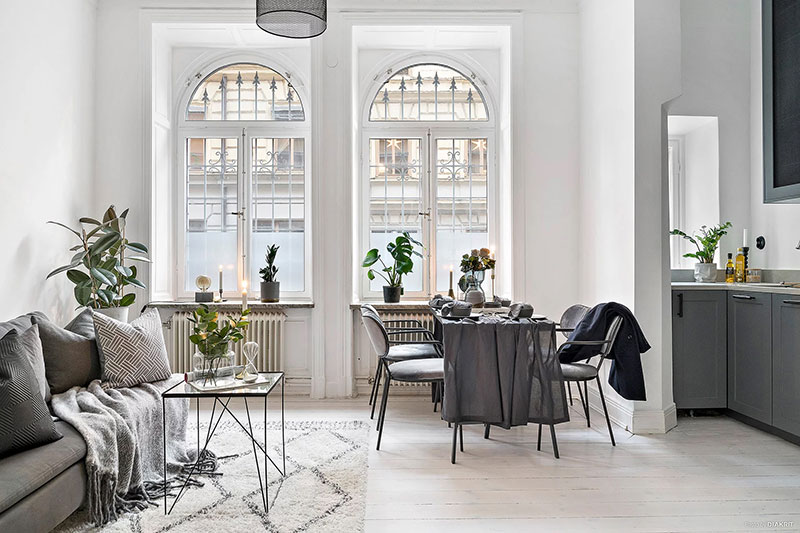 Elegant Monochrome Studio Apartment In Sweden 30 Sqm Pufik - Sleek-and-beautiful-apartment-in-sweden