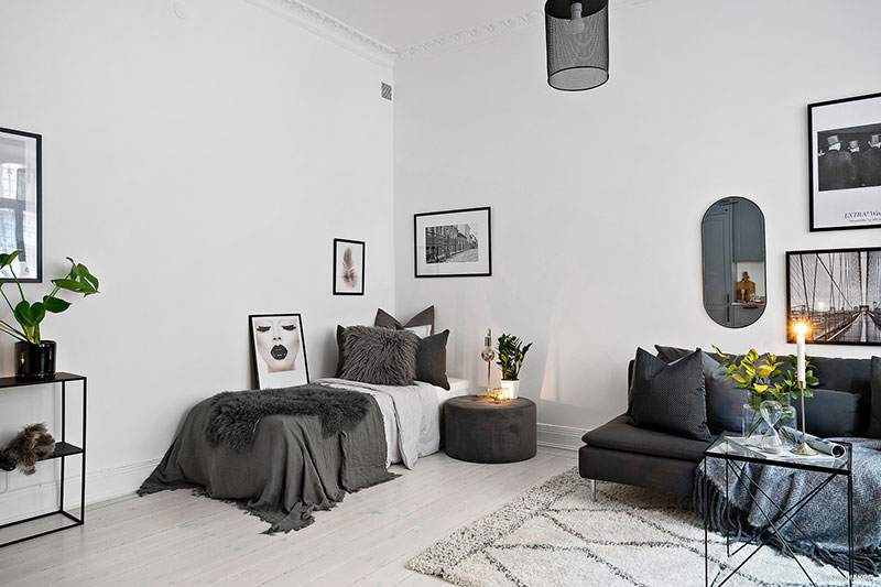 . Elegant monochrome studio apartment in Sweden  30 sqm      Photos