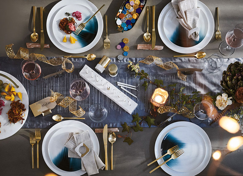 West Elm Christmas 2018.Modern Christmas In The City Winter Catalog By West Elm