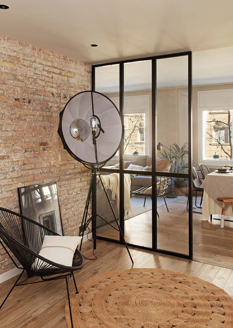 Приятная квартира с элементами индустриального стиля в Барселоне   barcelona apartment industrial style pufikhomes 15