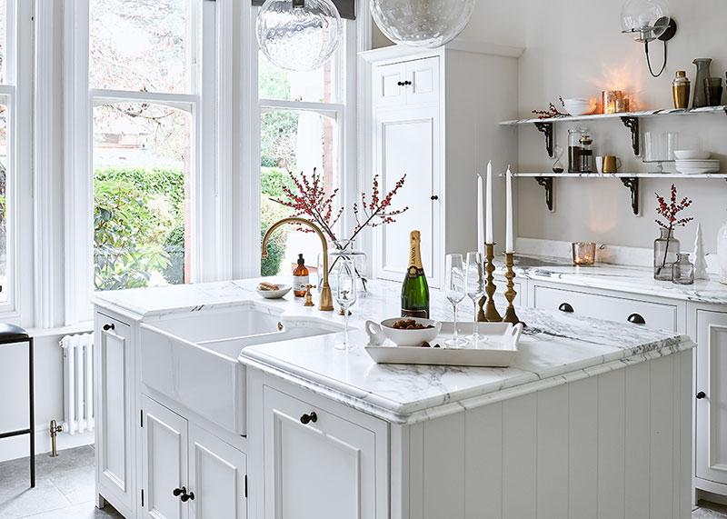 Безупречная белая кухня Chichester от Neptune