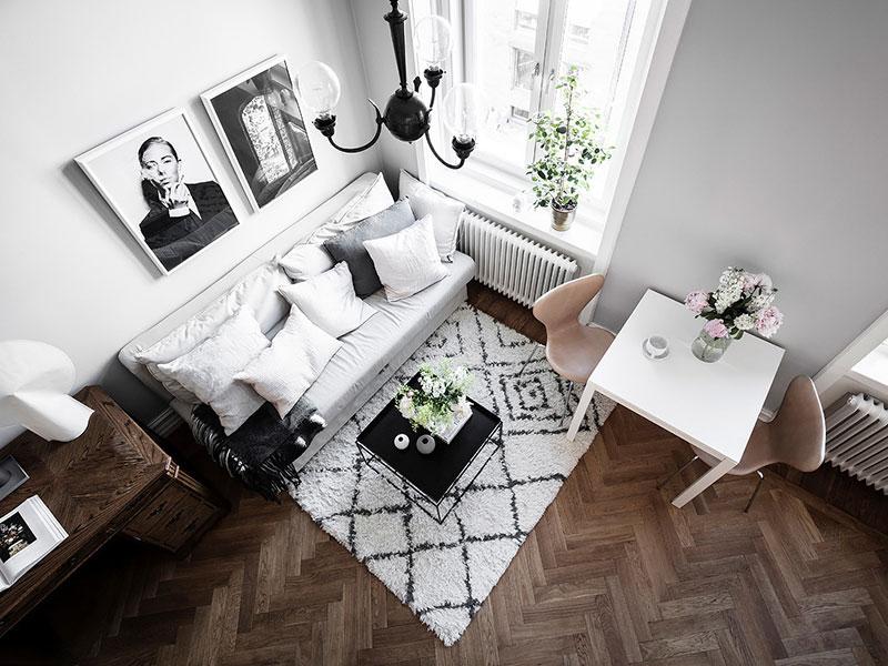 Tiny Grey Apartment With Mezzanine Bedroom In Sweden 26 Sqm Foto Idei Dizajn