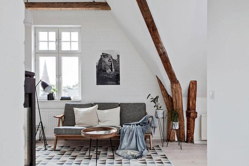 деревянные балки на потолке в интерьере лофт