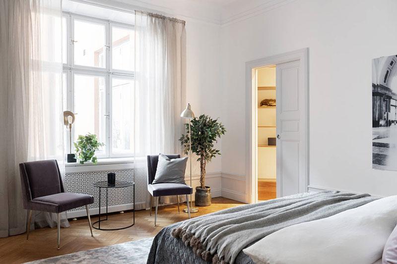 дизайн квартиры с молдингами