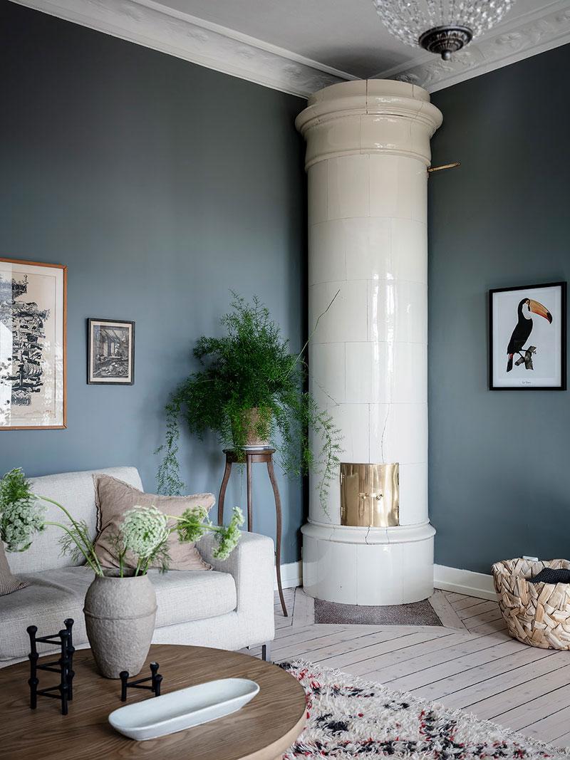 голубые стены в интерьере квартиры