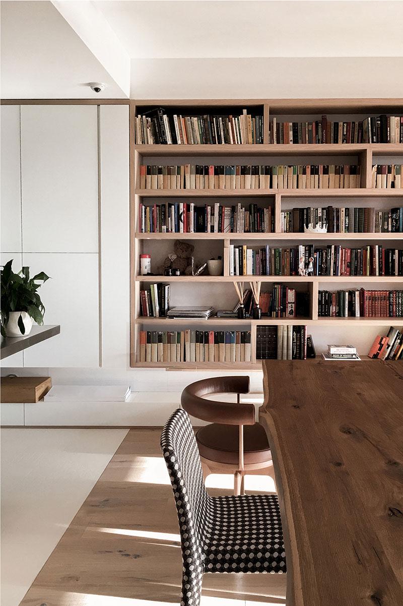 современная библиотека в квартире