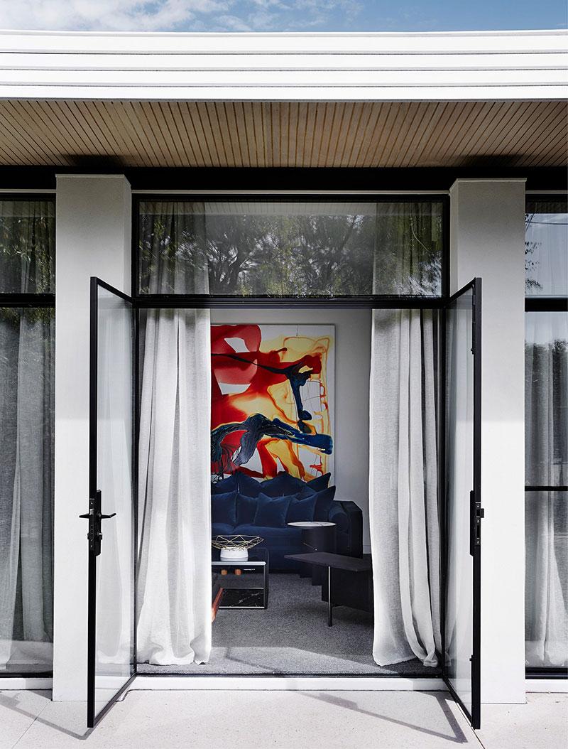 стильные современные интерьеры домов