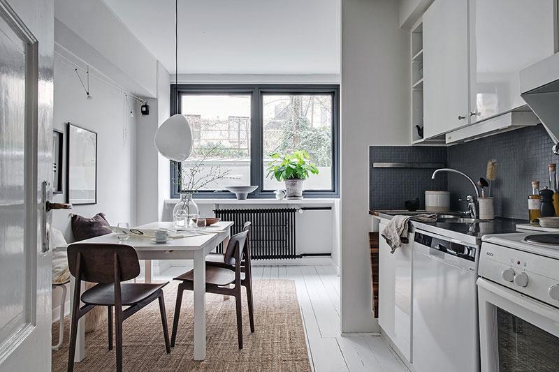 интерьер однокомнатной квартиры черно белый