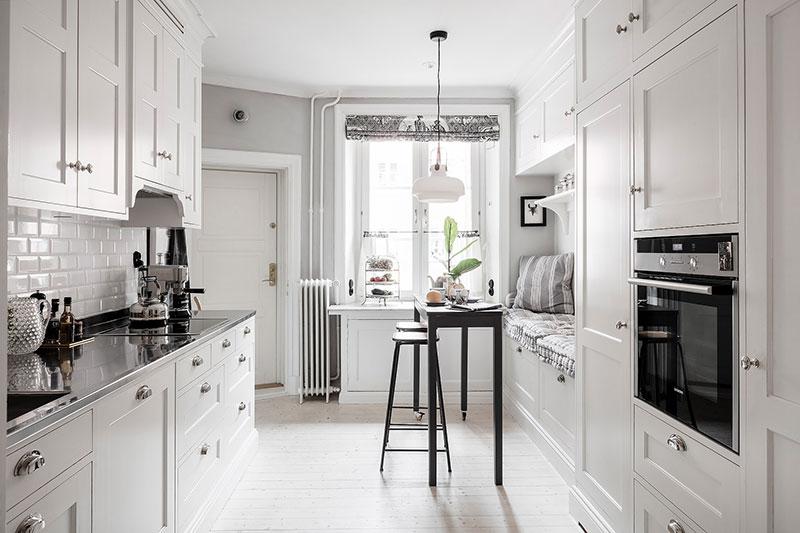 синяя кухня в интерьере обои