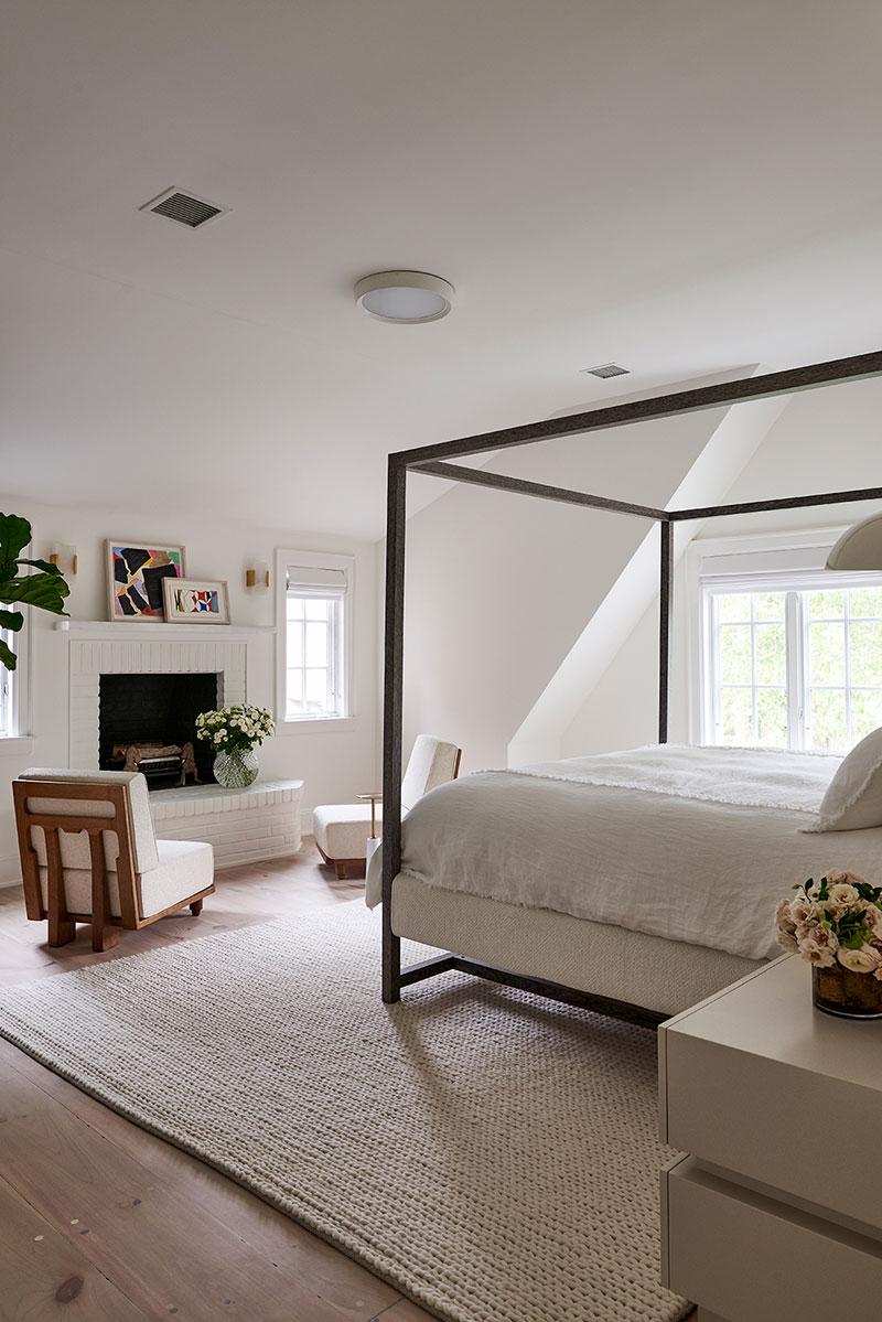 воздушный интерьер спальни
