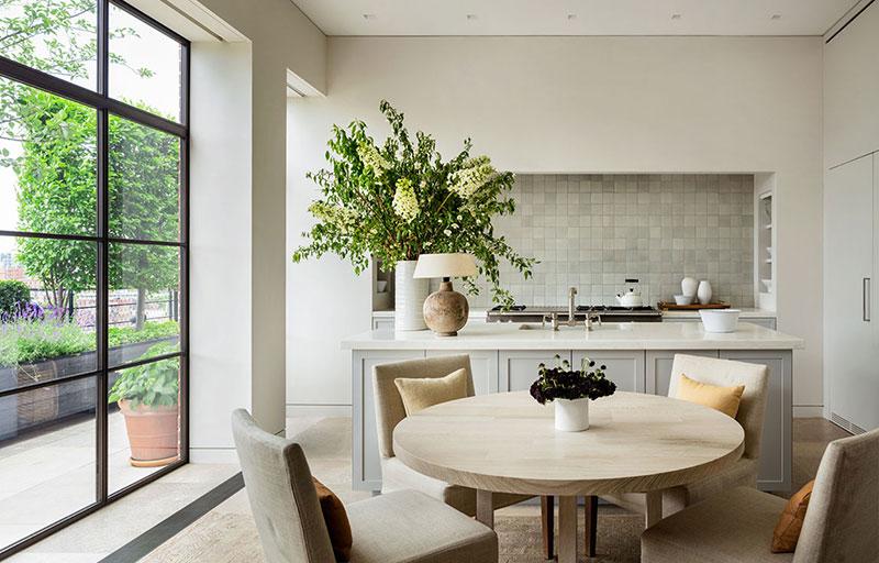 интерьер кухни в апартаментах