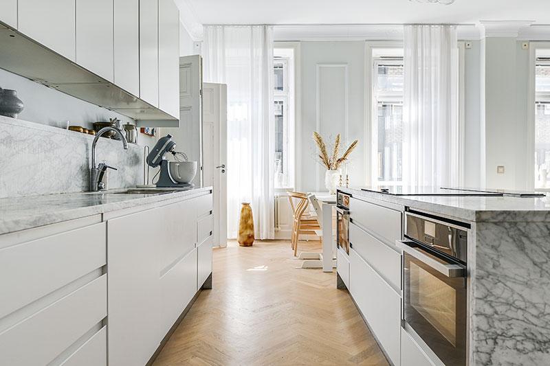 интерьер однокомнатной квартиры в пастельных тонах