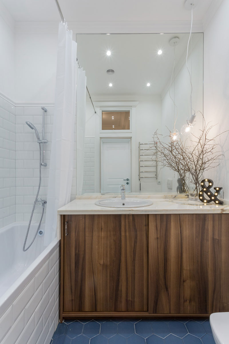 дизайн интерьера квартиры с антресолями