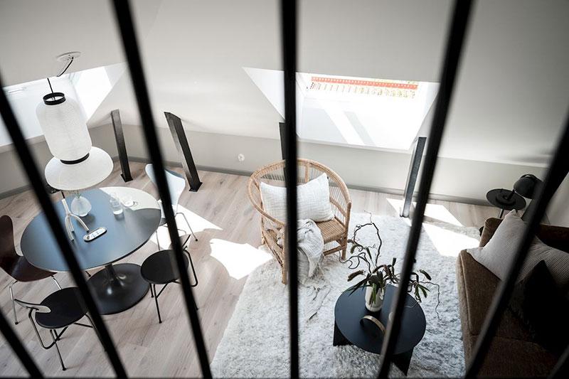 Класс! Стильный чердак: небольшая, но светлая мансардная квартира в Гетеборге (35 кв. м)