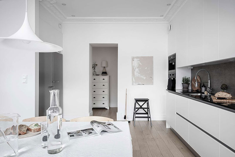 дизайн прихожей в квартире фото в белом цвете