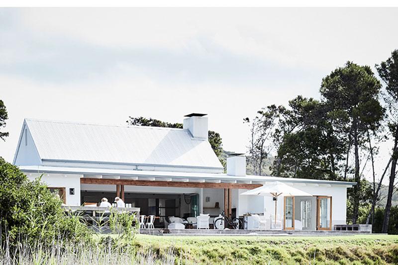 белые современные дома