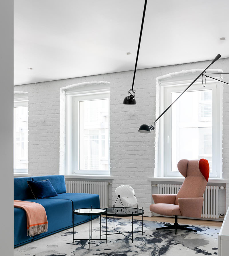 Awesome Minimalist White Apartment With Colorful Furniture In Old Unemploymentrelief Wooden Chair Designs For Living Room Unemploymentrelieforg