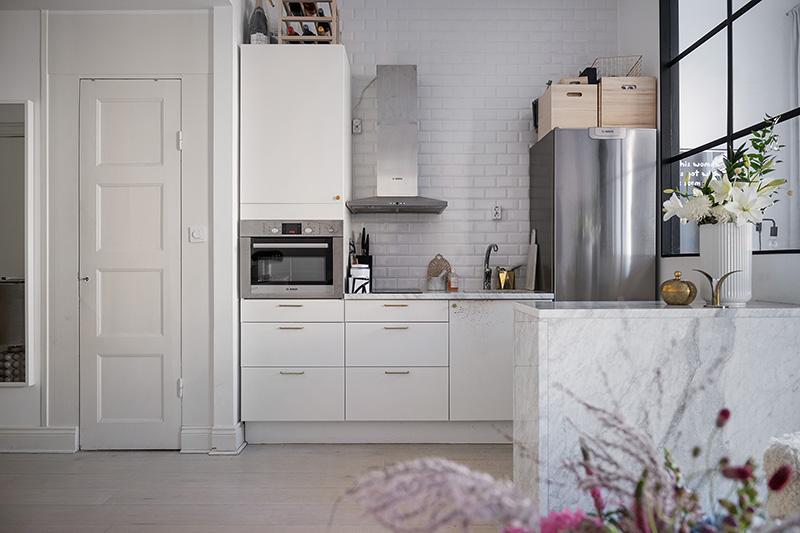Класс! Мягкий и уютный интерьер девичьей квартиры в Стокгольме (35 кв. м)