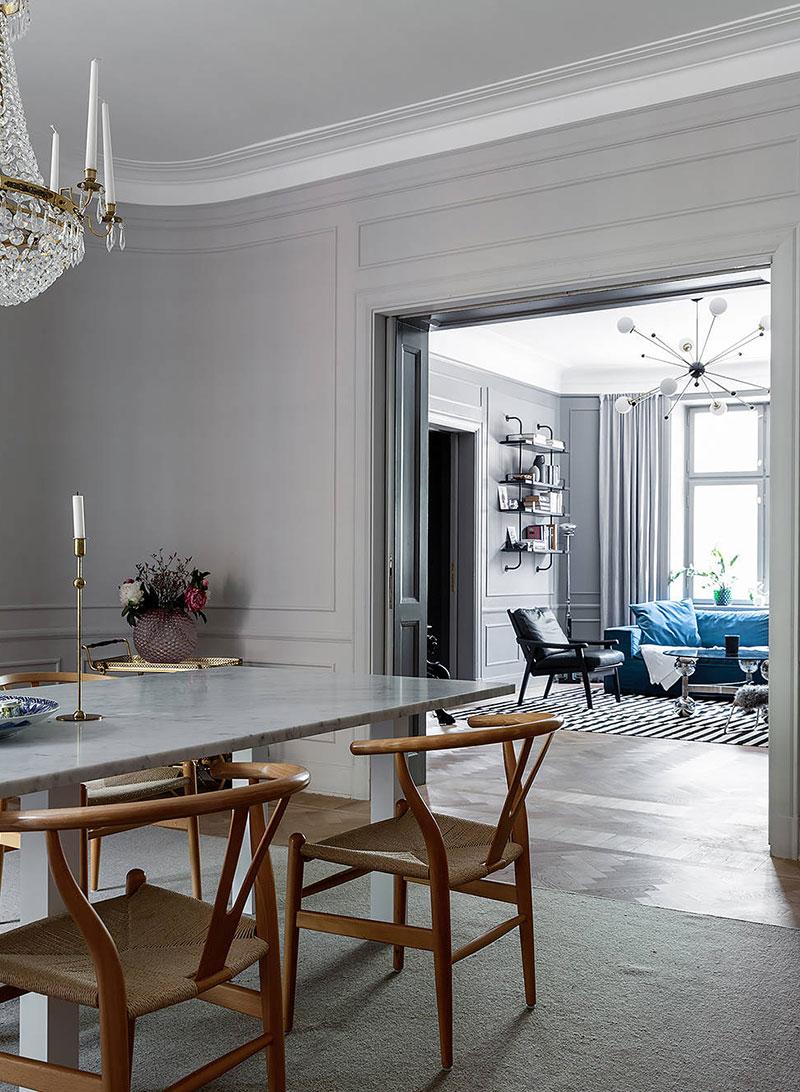 Темные тона в интерьере величественной квартиры в Стокгольме