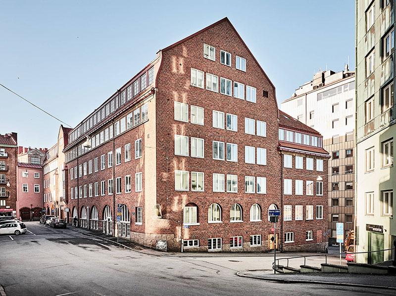 Квартира с антресолью в здании бывшей фабрики в Гётеборге