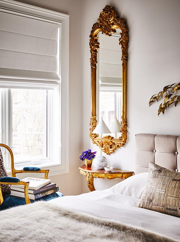 有华丽家具装饰的卧室