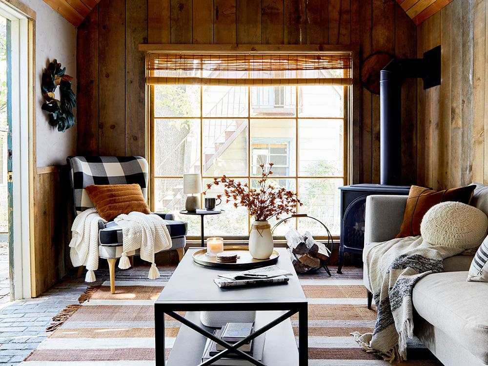 Осенний уют в дачном домике от дизайнера Emily Henderson