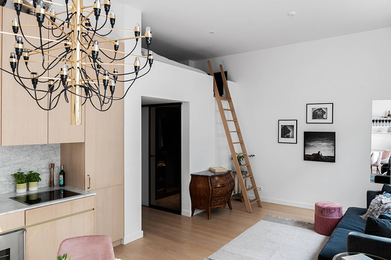 У всех на виду: небольшая квартира на первом этаже в Стокгольме (43 кв. м)