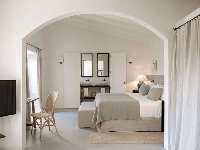 Уединенный дом отдыха со спокойными интерьерами в глубине острова Майорка