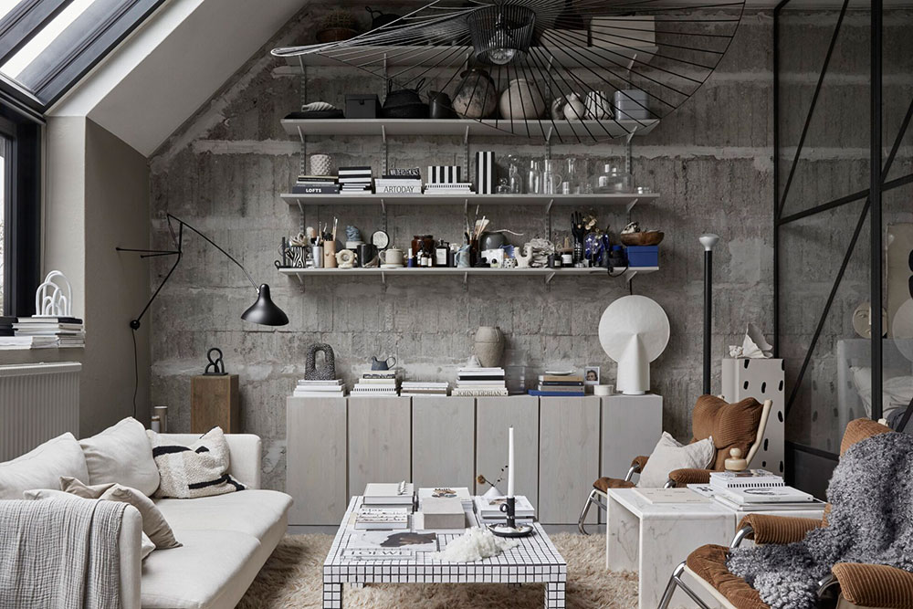 Abundance Of Details And Concrete Walls Unusual