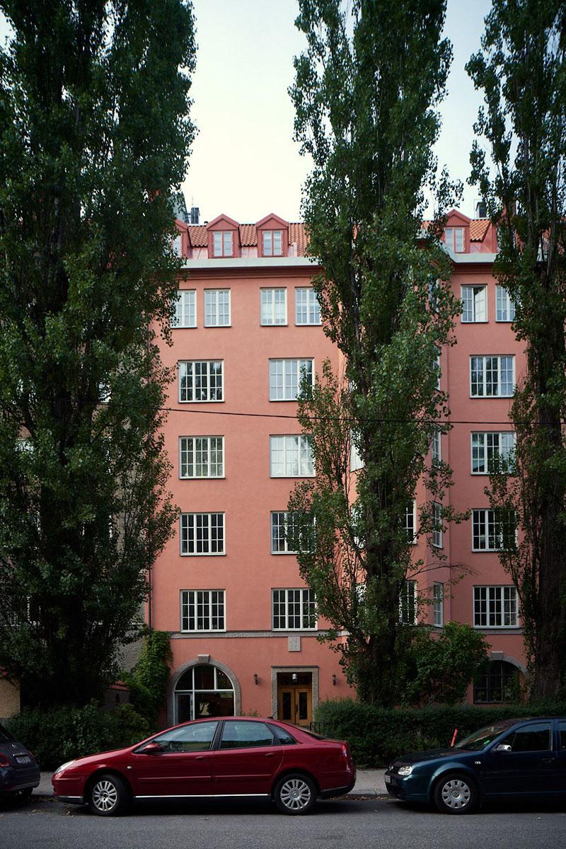 Квартира с историей и живой стеной в Стокгольме