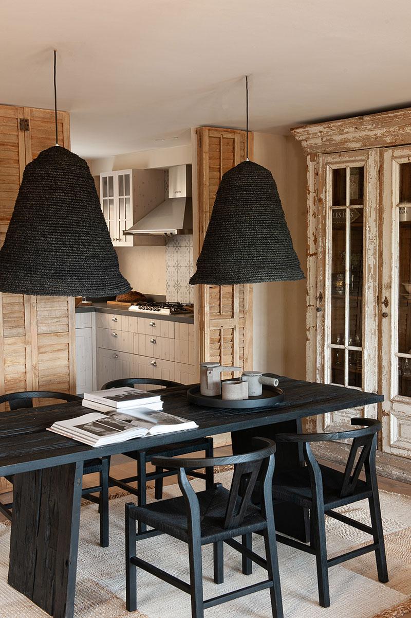 Ода природе и спокойным тонам: интерьер дома в Барселоне