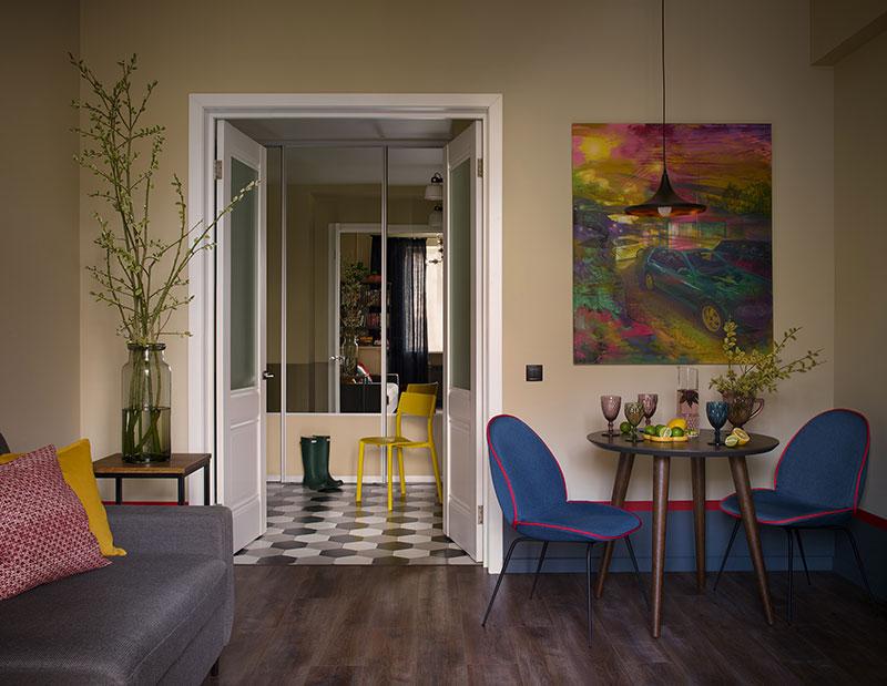 Приглушённые оттенки в дизайне квартиры в центре Екатеринбурга (49 кв. м)