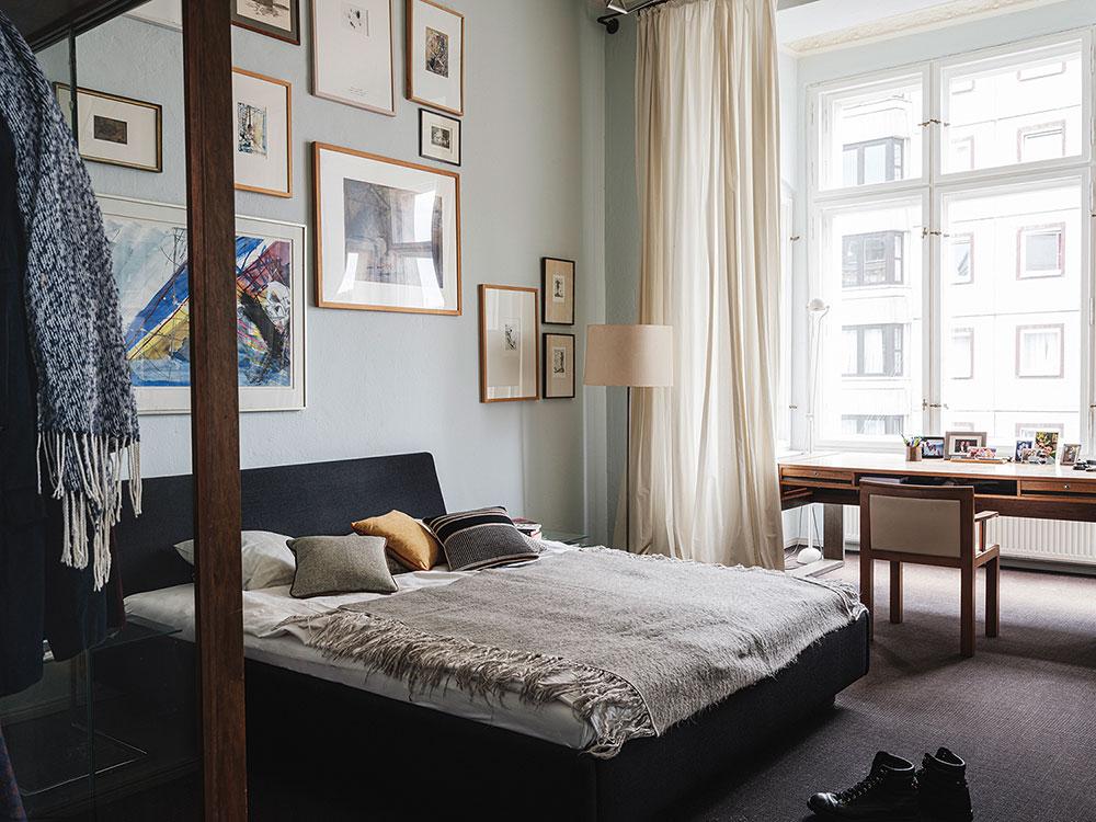 Квартира дизайнера в старом доме рядом с берлинской стеной