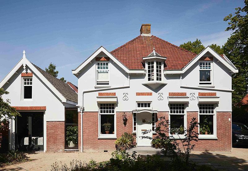 Атмосферные интерьеры красивой традиционной виллы в Нидерландах