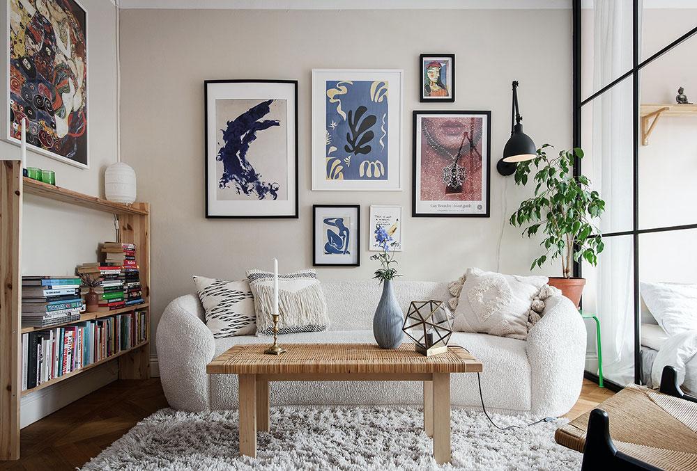 Небольшая, но красивая квартира со спальней за перегородкой (37 кв. м)