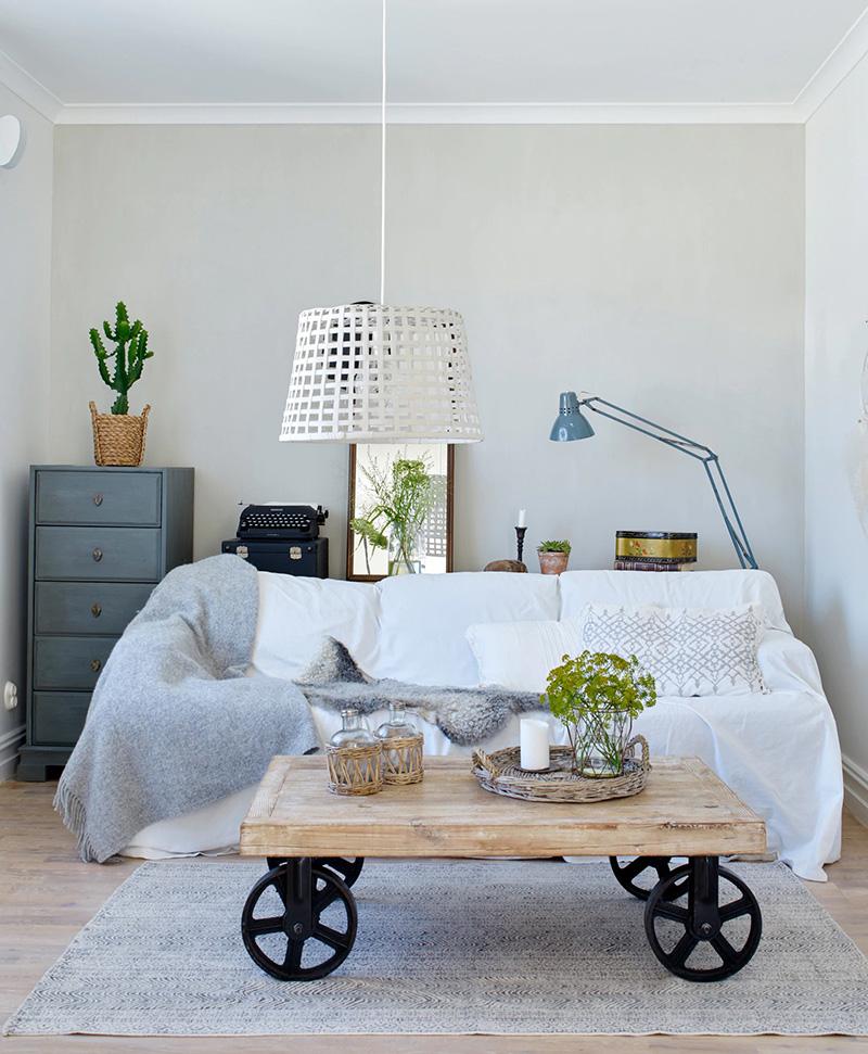 Светлый и уютный шведский коттедж, в котором хозяева сами оформили интерьеры