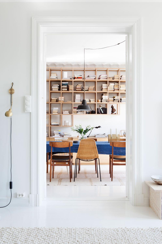 Светлая и просторная квартира семьи актёров в Осло