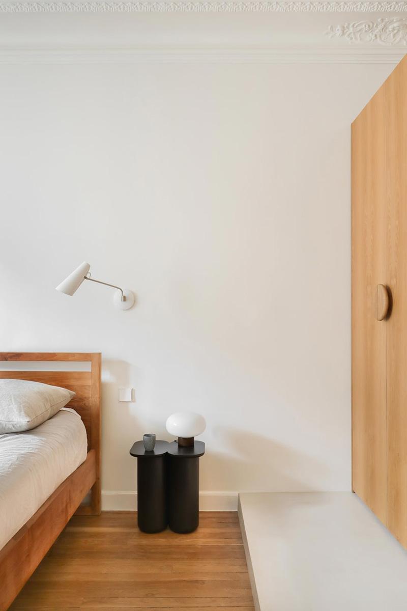 Яркая парижская квартира в пастельных тонах и со скандинавскими нотками